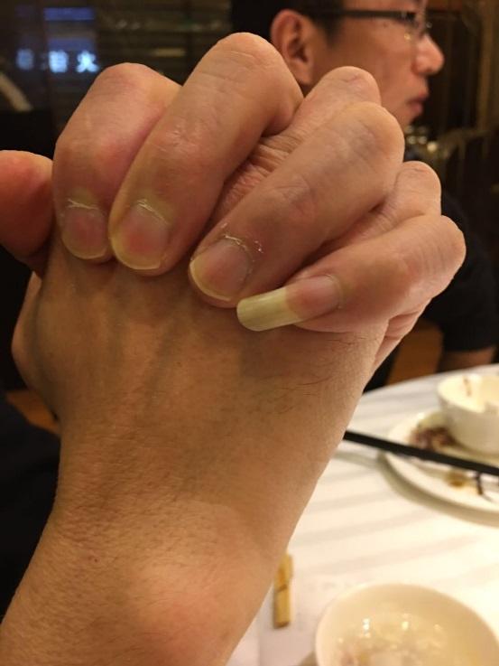 中国の上海では鼻毛を抜くために爪を伸ばしている人が多い(写真あり)
