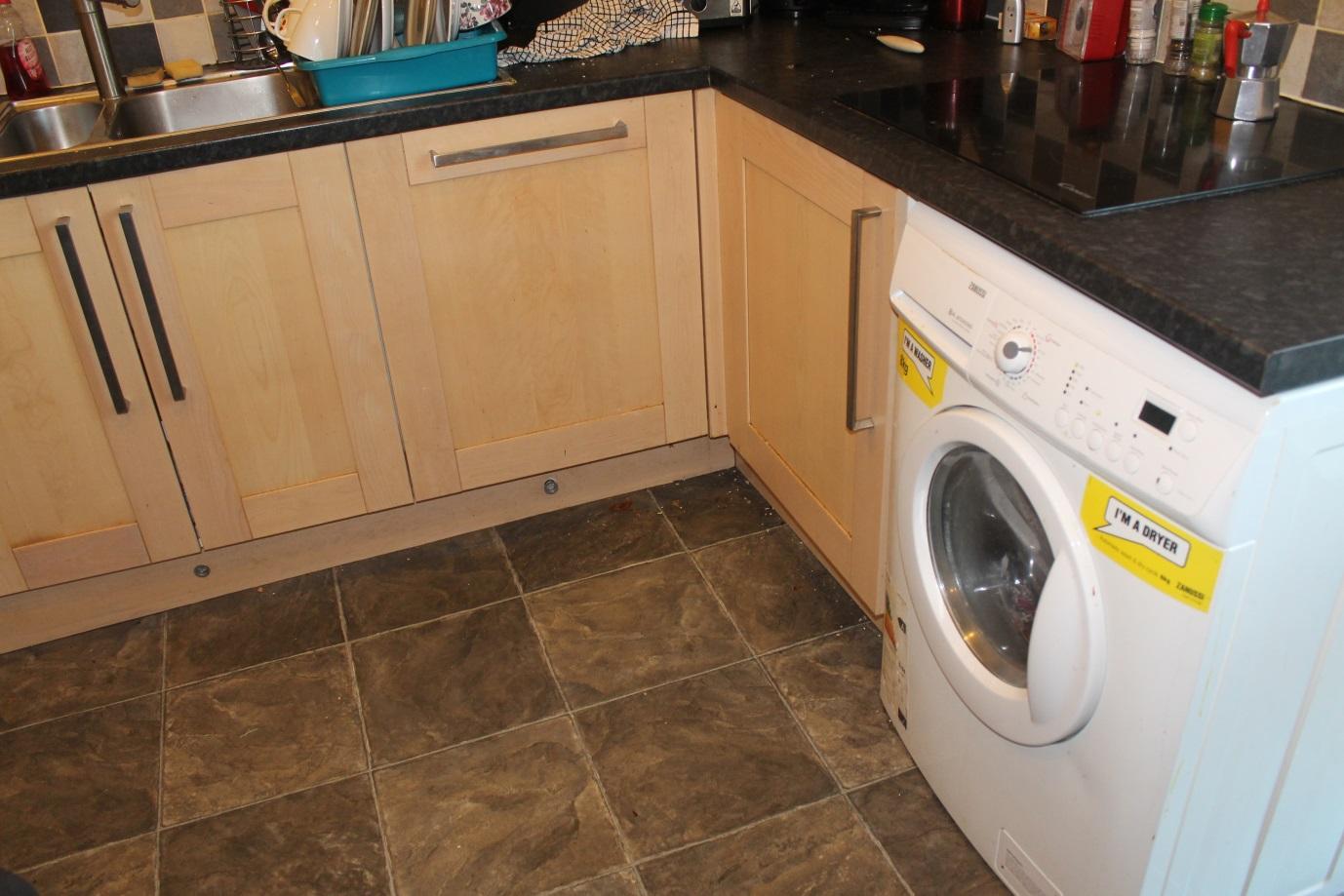 イギリスの家はキッチンに洗濯機があるのが普通(写真あり)