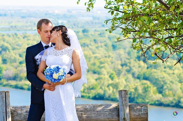 私がフランスで体験した「朝9時集合、翌朝14時解散」の結婚式