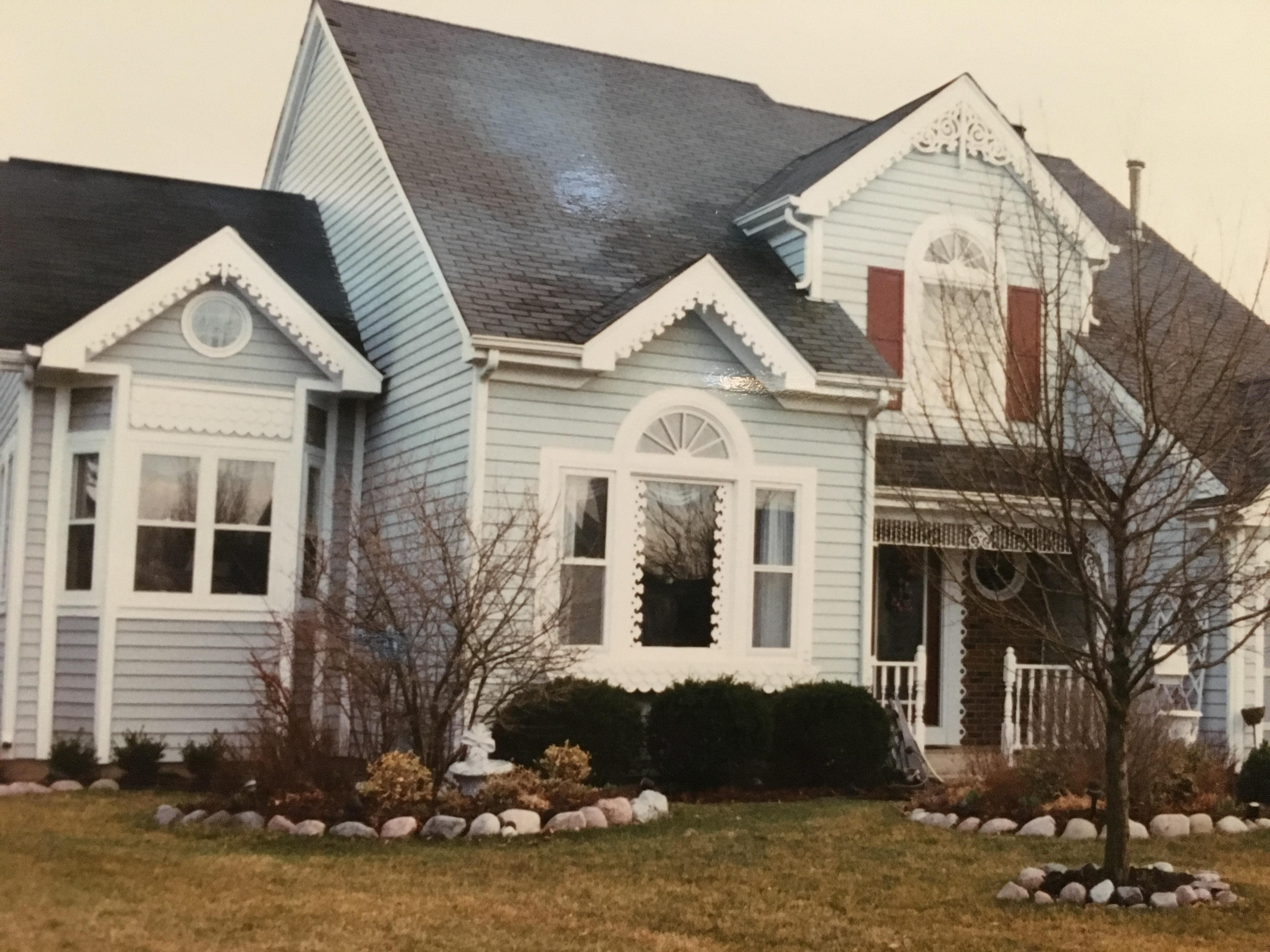 アメリカで借りた3つの家を紹介。ハツカネズミが走り回る家も