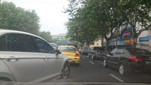中国では交通事故を巡って殺人も。交通事故死は年間25万人