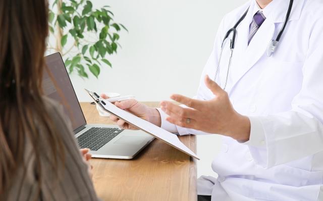 カナダの医療にはどんな問題があるのか。手術は2年待ちも