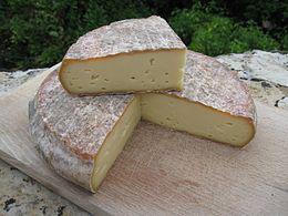 フランス人が特に好んでいる食べるチーズとは
