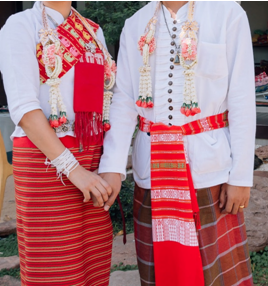 タイの結婚式を紹介。お坊さんが9人参加する理由とは?